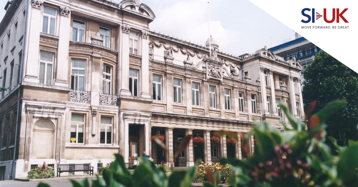 เรียนต่อ Queen Mary, University of London ปรึกษาทีม SI-UK ฟรี